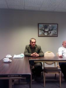 Андрес Вальме за круглым столом