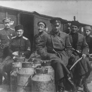 Нарвский железнодорожный вокзал, апрель 1919 год